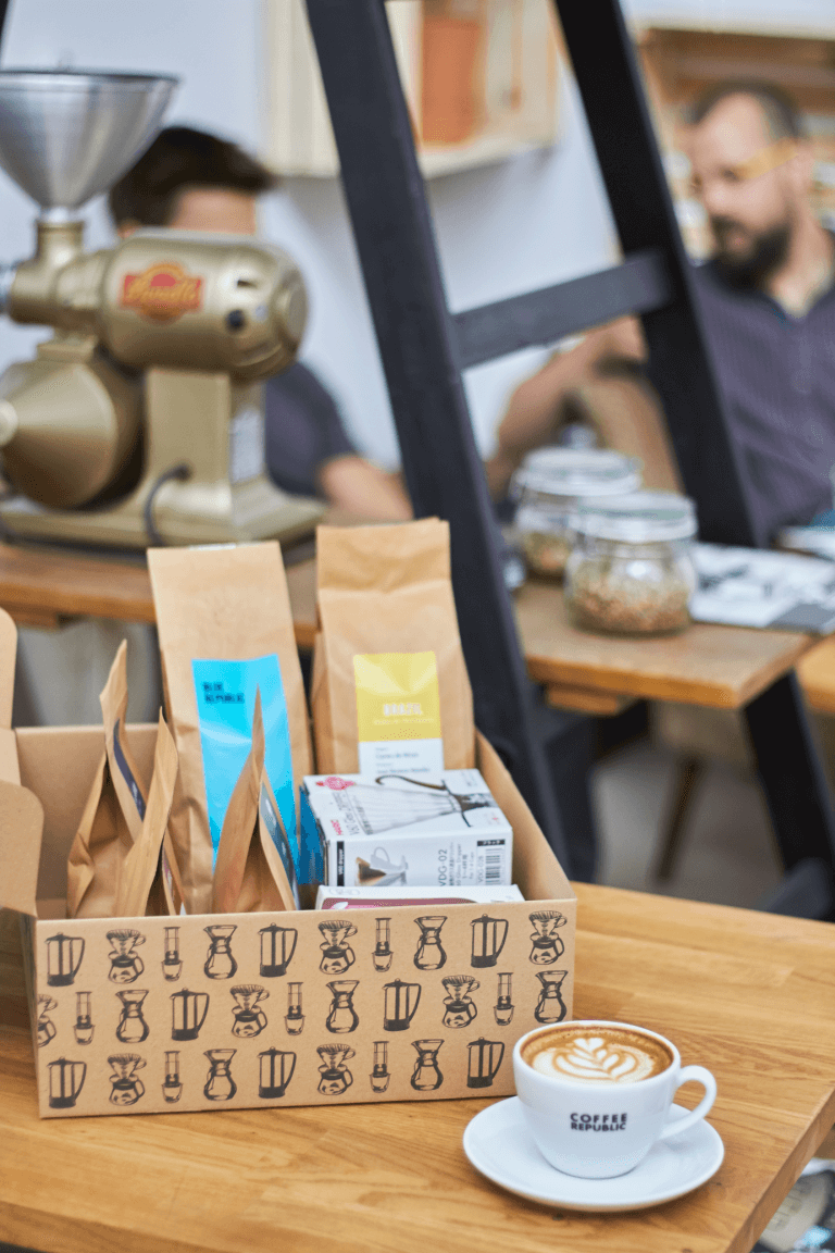 Caja de Coffee Republic